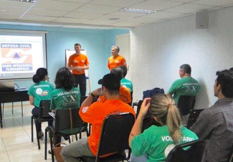 3º-Encontro-de-Rádio-Operadores-Voluntários-da-Defesa-Civil-de-Florianópolis-06-08-2016-3-460x320